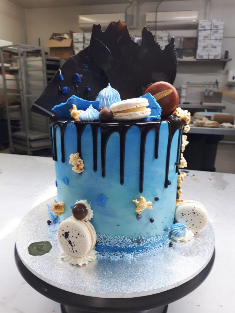 DRIP CAKE 19