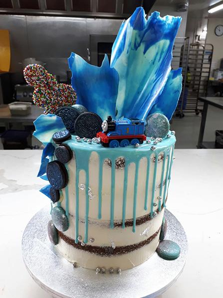 DRIP CAKE 04