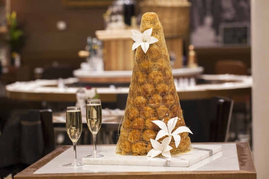 CROQUEMBOUCHE LILLY