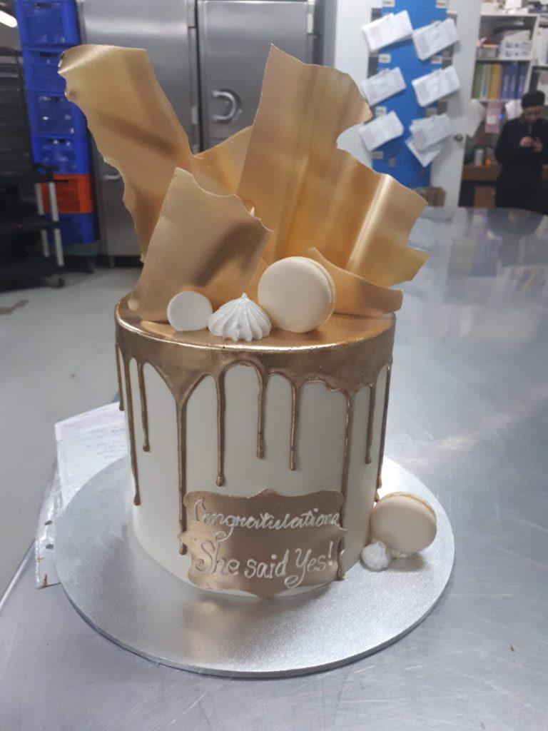 DRIP CAKE 37